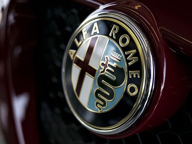 Alfa Romeo Symbol 640x480