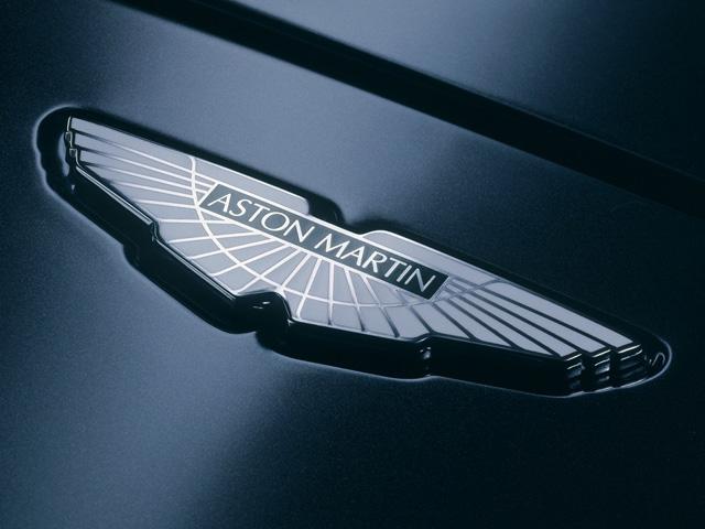 Aston Martin Emblem 640x480