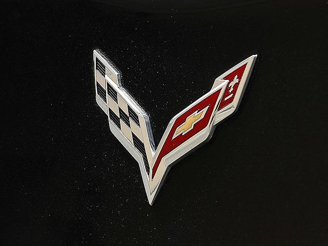 Corvette Logo 640x480